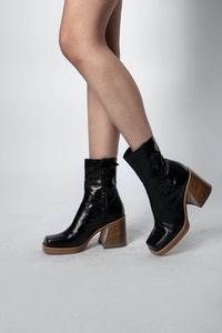 Star Vintage Patent Boots